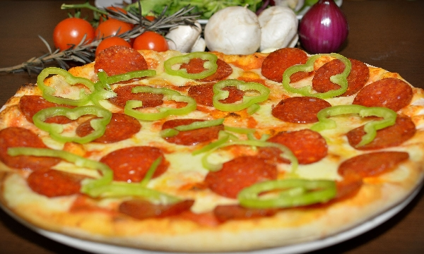 Pizza Peperoni 32cm