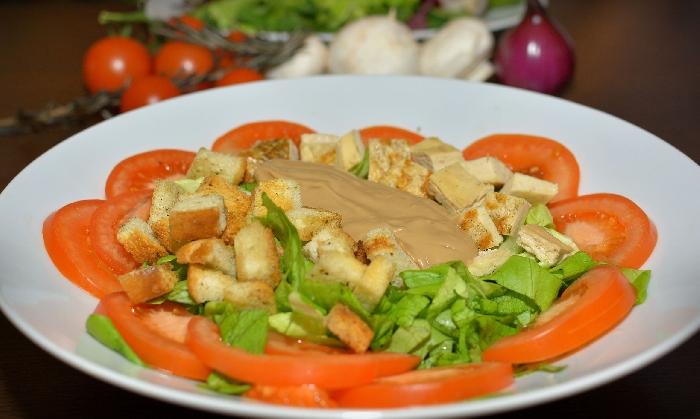 Salata  Pui Gorgonzola